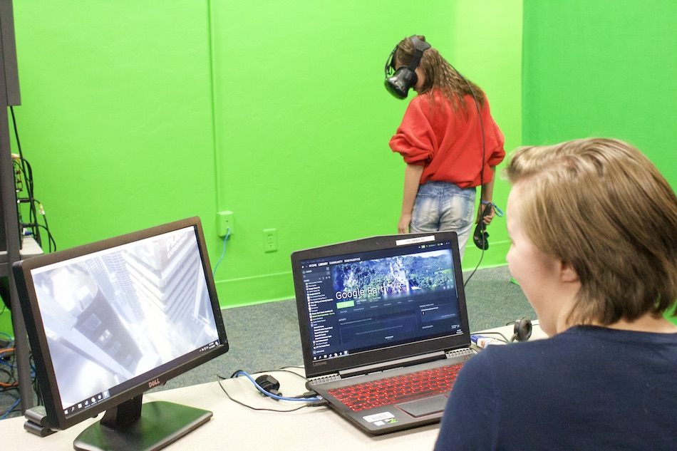 New Tech Lab Opened at Prescott High School